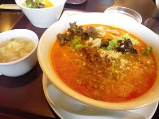 担担麺.JPG